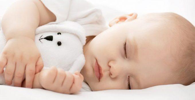 Phương pháp giúp bé ngủ đúng giờ và sâu giấc